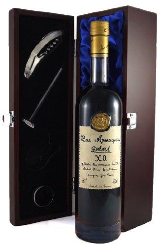 Delord Freres Bas Armagnac XO 70 CL in Geschenkbox ,Satin ausgekleidet ,mit vier Accessoires ,Korkenzieher ,Giesser ,Kapselabschneider ,Weinthermometer .
